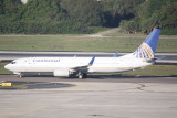 Boeing 737-800 (N37277)