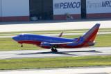 Boeing 737-300 (N492WN)