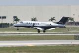 Learjet 40 (N10SE)