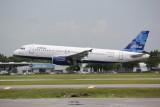 Airbus A320 (N624JB) Blue-T-Ful