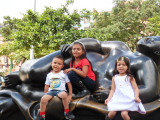 Paisa Children - Plaza de Botero (2).jpg