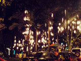 Parque Lleras Christmas Lights.jpg