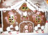 Bruno Bakery Gingerbread House