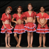 Latin dolls on stage... ;-)