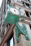 Macy's clock, Chicago