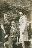 Grandma Rose Grandpa Isadore and Aunt Susan.jpg