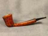 Langgestreckte, elegante Dublin-Variante von ANDREY SAVENKO (RU). Sein Stempelname: SAVA.