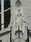 Staande Maria met Kind  - Philipstockstraat 1