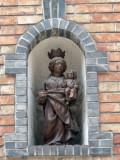 Staande Maria met Kind (koningin) - Kruitenbergstraat 21