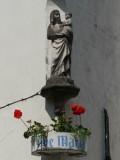 Staande Maria met Kind - Nieuwstraat 11