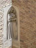 Staande Maria met Kind - Hallestraat 4