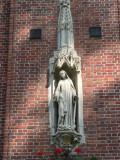 O.L.V van de Wonderdadige Medaille  - Wijngaardplein 2