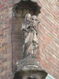 Staande Maria met Kind - Katelijnestraat 64