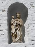 Staande Maria met Kind (koningin) - Goezeputstraat 8
