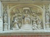 Zittende Maria met Kind (koningin) - Prof. Dr. J. Sebrechtsstraat 1