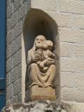 Zittende Maria met Kind - Predikherenrei 1