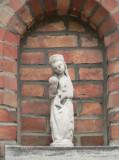 Staande Maria met Kind - Klaverstraat 8