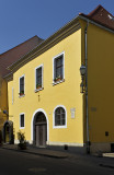 The very yellow house