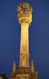 Lit-up Holy Trinity column on Fő tér