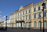 Széchenyi Tér, bank building