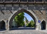 Suur-Kloostri Gate
