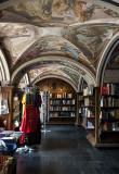 Littera Bookstore, Vilnius University