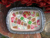 red  & green rectangle tray