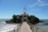 Parey Dewa (Rock in Water), island home of a Buddhist temple