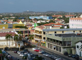 Lewaving Oranjestad - a very pretty place