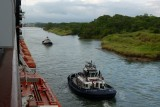 The pilot boat takes us to the entrance of the canal