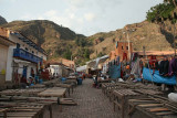 The Pisac market is closing