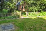 Onderwierum - kerkhof