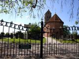 Doezum - Vituskerk met kerkhof