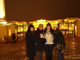 Maral Hasmig Arpi and Lucy in Schoenbrunn Christkindel markt