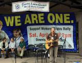 Sherri Quammen sings pro-labor