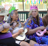 Diane and Laurel (and their party hats) at the ukulele workshop ukulele lesson