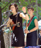 Caoline Brooks, Sue Passmore of the Good Lovelies - Oak Tree Stage