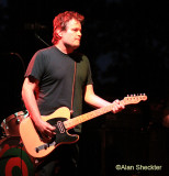 Grandstand Stage - Ben Harper band's Jason Mozersky