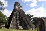 Tikal Grand Plaza, temple I, front 2670