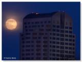 Moon rise & Sacramento Wells Fargo Center