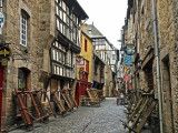 a side lane in Dinan