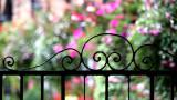 210:366English Country Garden