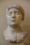 TETE DE FEMME ROMAINE MUSEE LAPIDAIRE