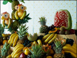 9807.Fruit Table