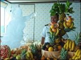 9808.Fruit Artist