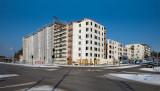 Det nya bostadskvarteret vid Hanstavägen skjuter mot höjden