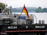 Walluf am Rhein mit Brücke von Wiesbaden nach Mainz