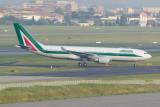 Alitalia Airbus A330-200 EI-EJJ