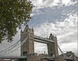 5695 London Bridge