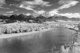 Absarokas and Yellowstone River.jpg